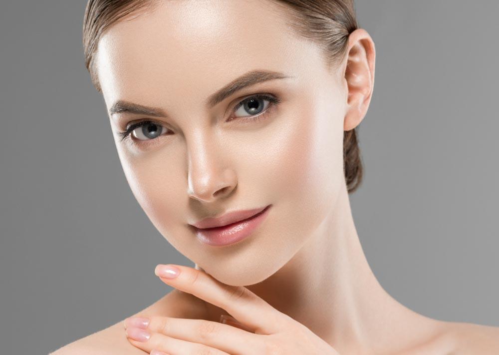 When Acne Doesn't Go Away After High School | VIDA Aesthetic Medicine